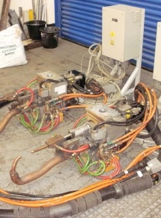 ARO 57KVA WELDING GUN AND SERVO - USED
