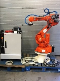 ABB IRB 2600-20 1.65 IRC5 ROBOT (DTC ONLY 55 HOURS!)