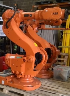 ABB IRB 6650 200KG WITH IRC5 CONTROLLER